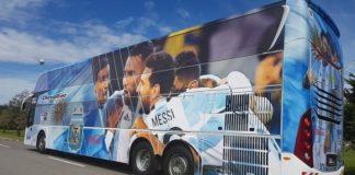La Policía provocó un insólito choque en el operativo que custodiaba a la Selección Argentina